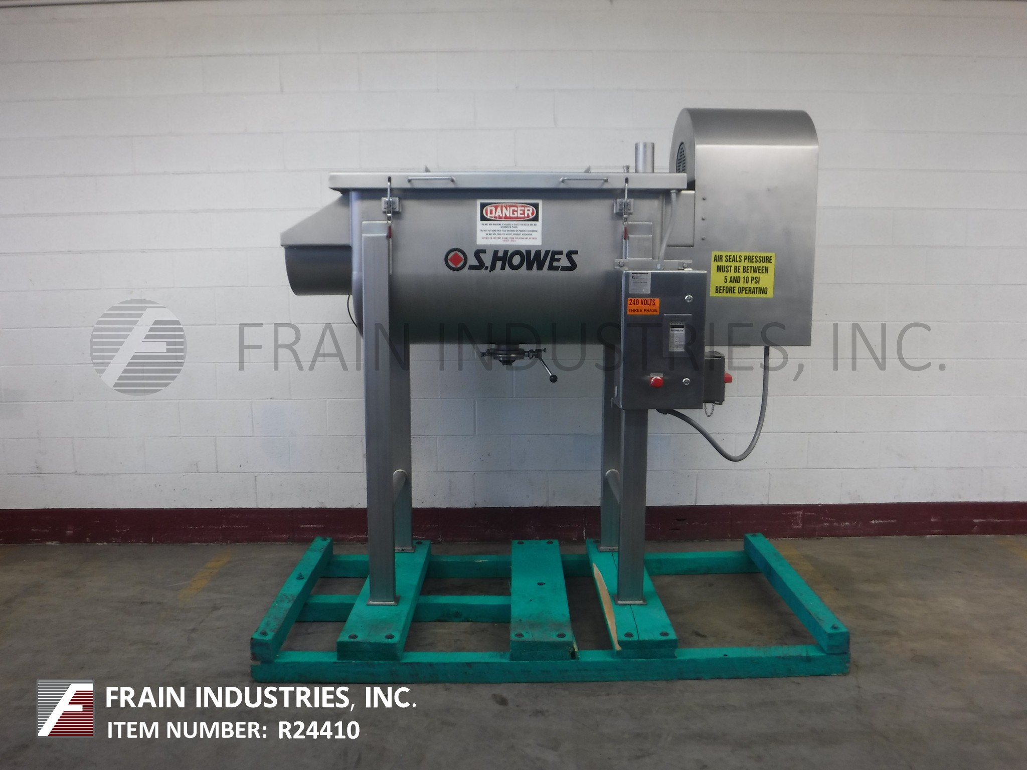 S Howes Co Inc Mixer Powder Ribbon S. S. 10 CU FT