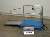 Photo of Material Handling LIFT